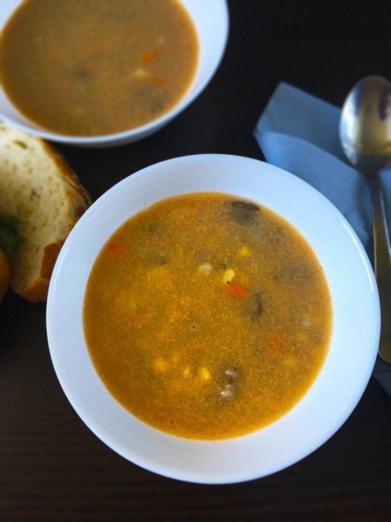 Zupa z wołowiną i warzywami
