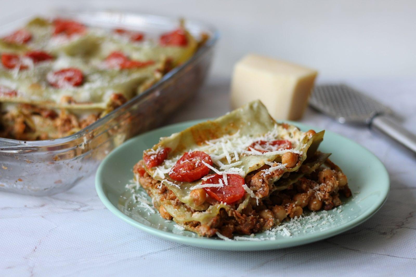 Lasagne z ciecierzycą i mięsem mielonym