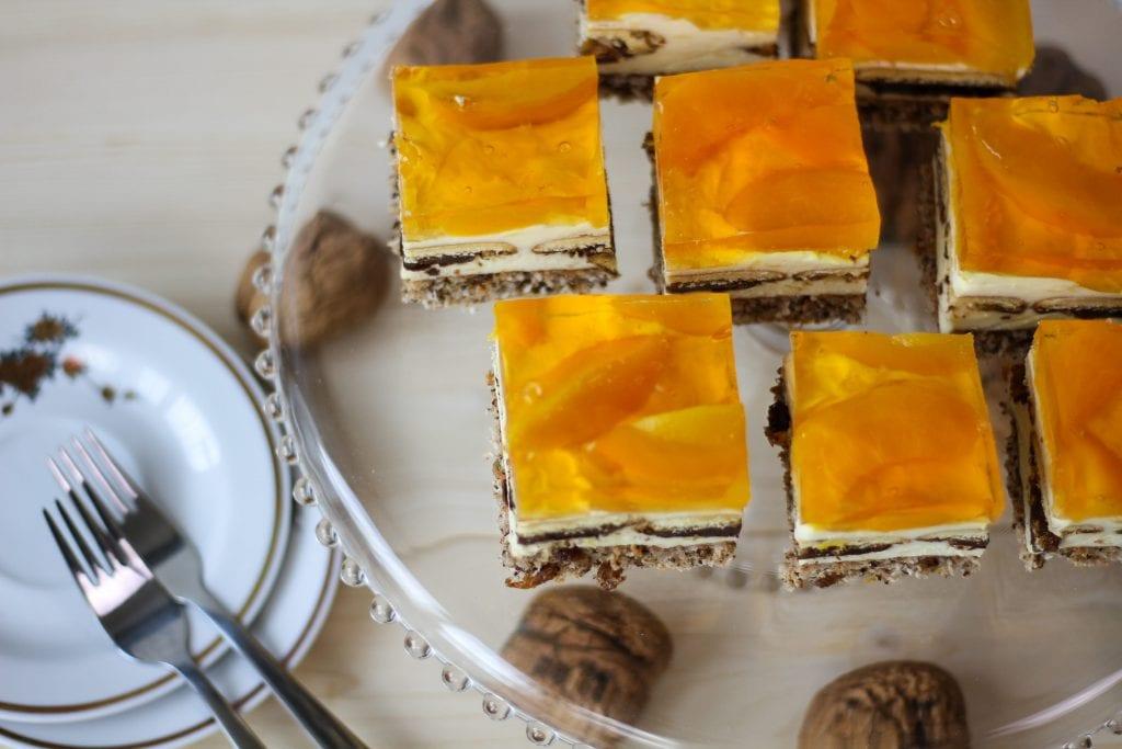 Ciasto kora orzechowa z masą budyniową
