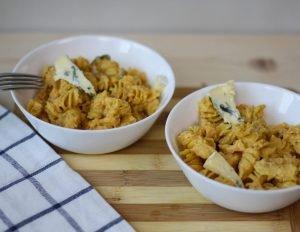 Makaron z dynią i serem pleśniowym