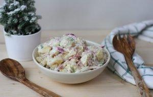 Sałatka ziemniaczana z cebulą