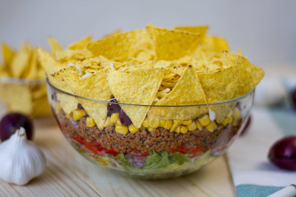 Sałatka meksykańska z mięsem mielonym