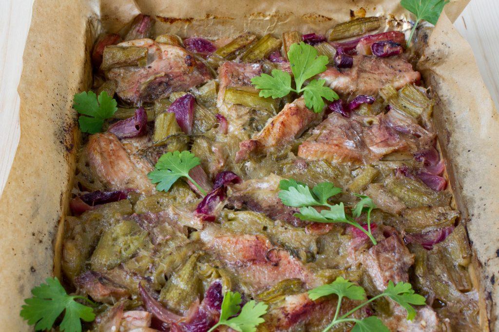 rabarbar z szynką wieprzową