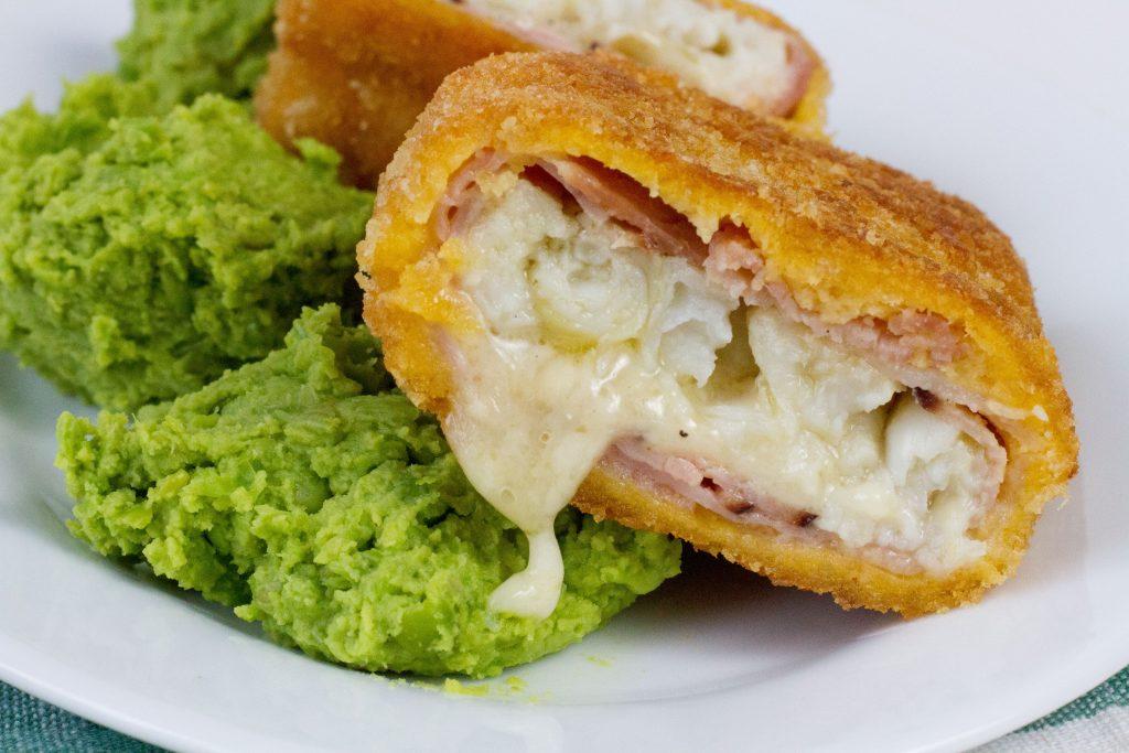 Filety rybne cordon bleu z serem i szynką
