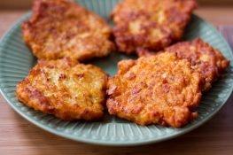 Placuszki z kurczaka z marchewką