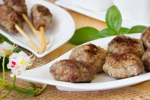 Kofty z wołowiny z wieprzowiną