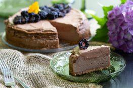 Sernik czekoladowy z czekoladowym musem