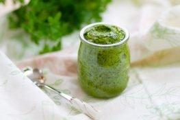Zielony sos salsa verde